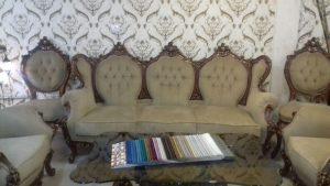 مبل نه نفری فرحی با 36 ماه گارانتی با انواع پارچه های ترک و ایرانی با رنگ دلخواه مشتری
