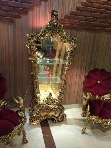 بوفه سلطنتی طلایی ویترین